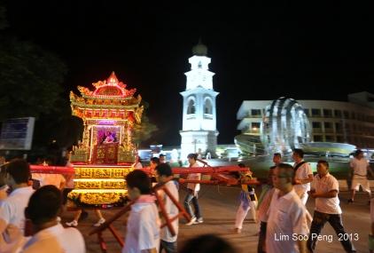 KuanYin Procession 377-001