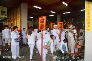 Phuket Vegetarian Festival2013 FinalNight 2066-001