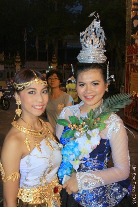 Loy Krathong 2013 034-001