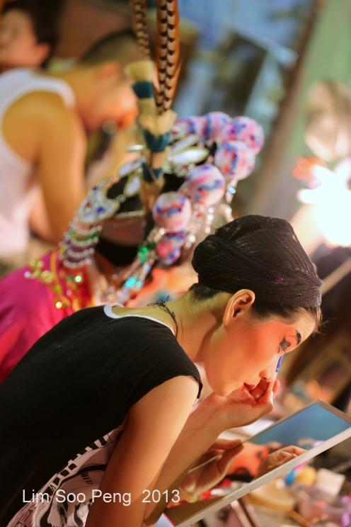 HariRaya Wayang 153-001