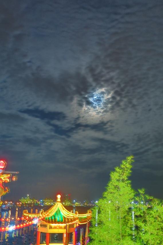 Hean BOO Thean by Night 008-001