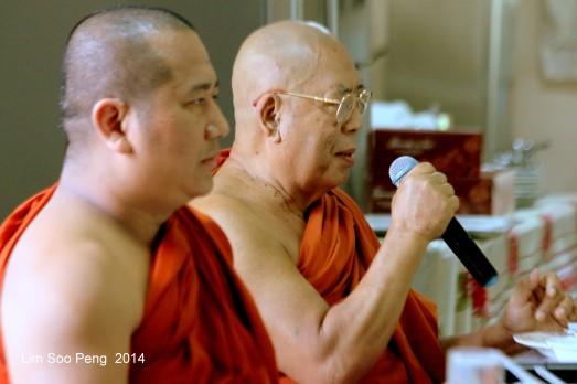 BurmeseTempleChief Bday 094-001