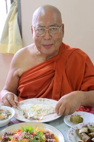 BurmeseTempleChief Bday 179-001