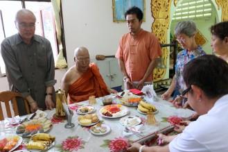 BurmeseTempleChief Bday 208-001