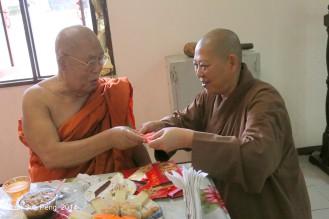 BurmeseTempleChief Bday 236-001
