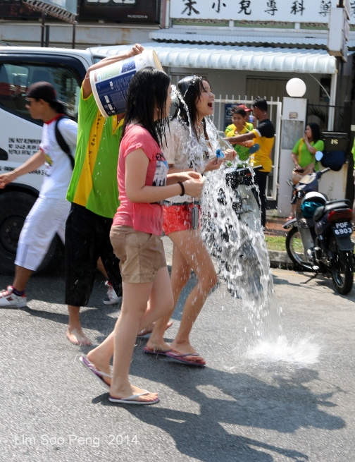 Songkran 005-001