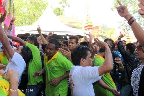 Songkran 090-001 - Copy