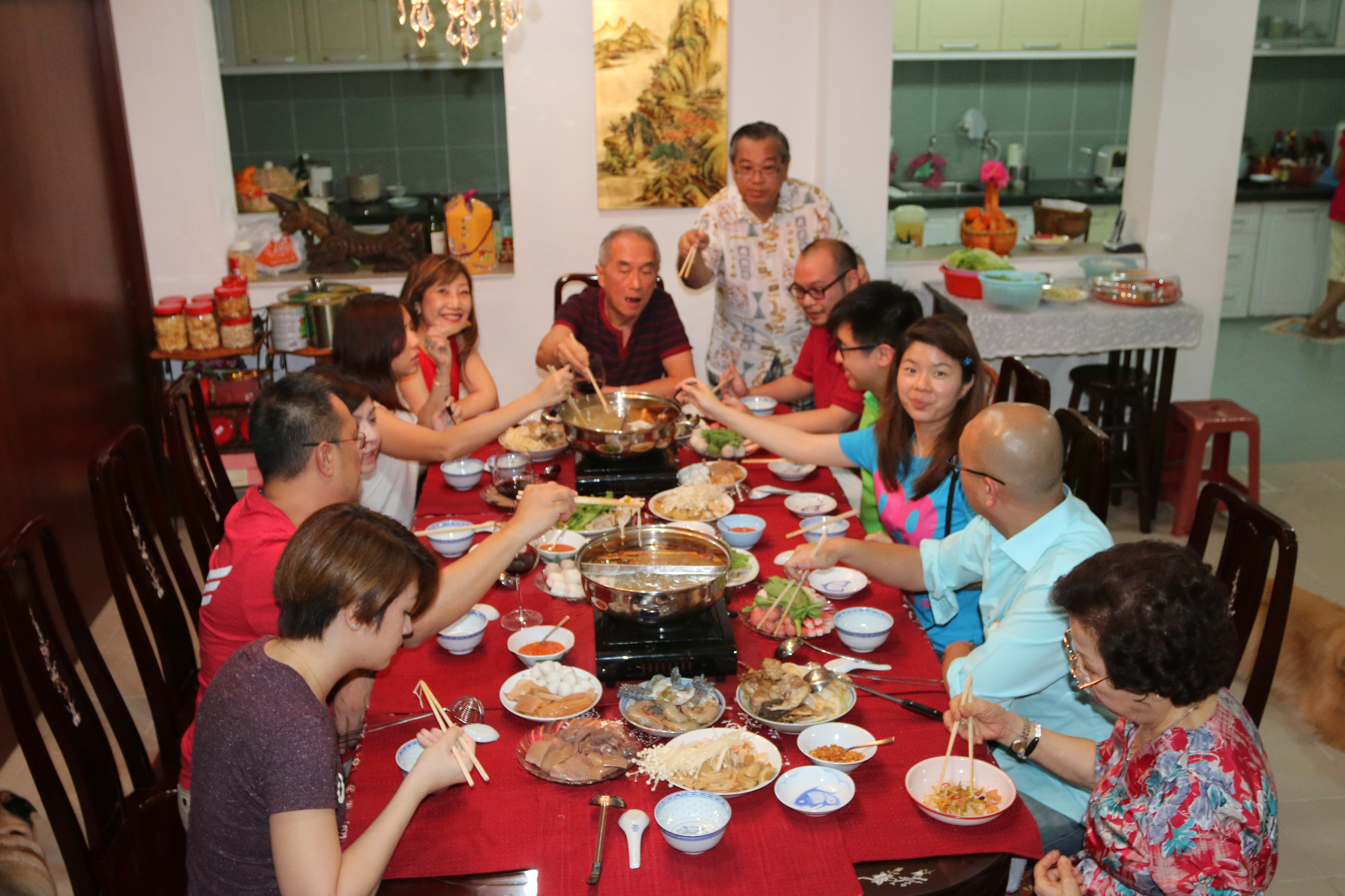 reunion dinner with family If your family is like mine the best times were around the dinner table for a family reunion to work you  remember that it's a family reunion so order family .