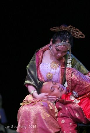 Opera Puteri Saadong 302