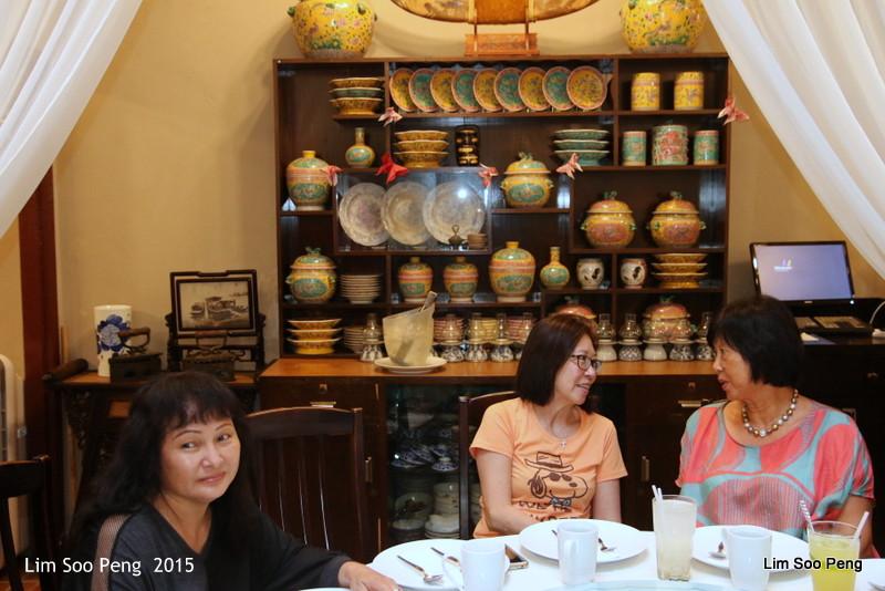 Dinner of Nyonya Cuisine at the Perut Rumah, Penang (4/6)