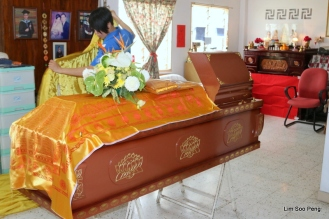 1-UncleTCT Funeral 039