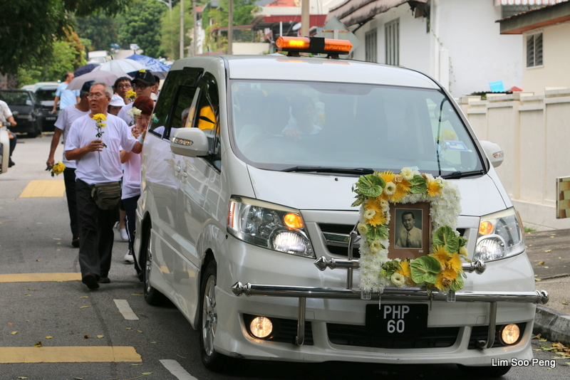 1-UncleTCT Funeral 466