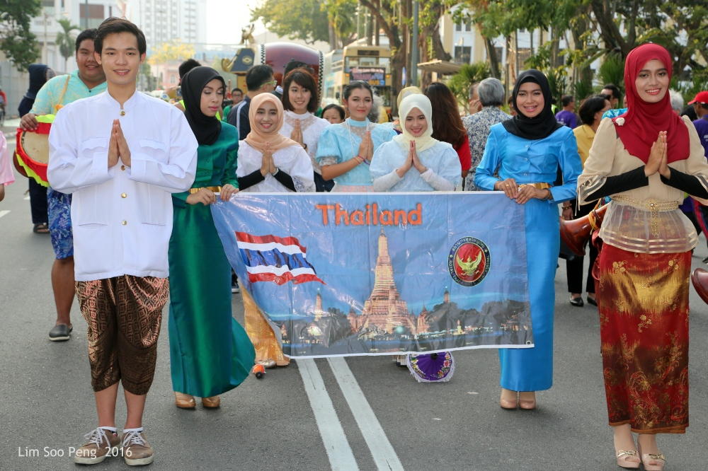 The friendly and ever smiling delegation from the Kingdom of Thailand.