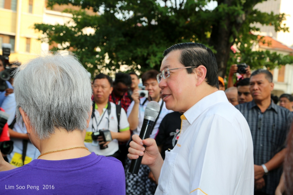 The Chief Minister of Penang, Tuan Lim Guan Eng giving the opening speech.