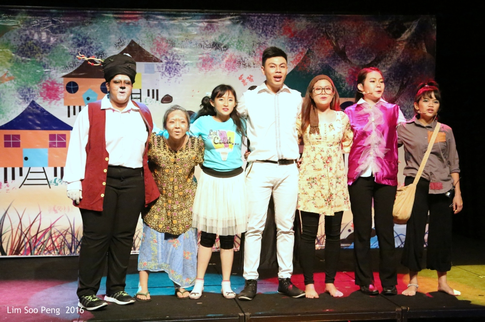 """The Day I Met The Prince""  the USM's Children Theatre in English ~ Part 9"
