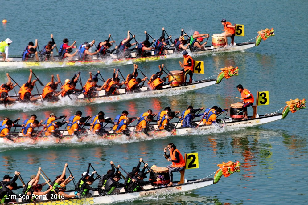 The Numbered Dragon Boat Racers