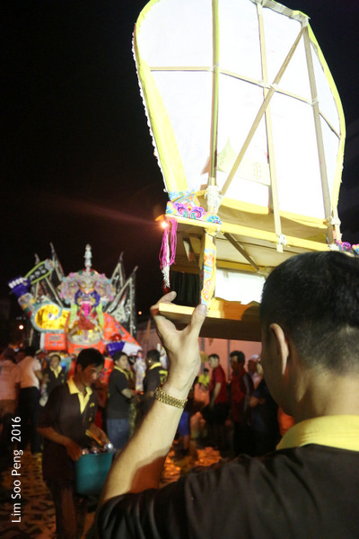 Tai Soo Yah at Lim Jetty, Weld Quay, Penang – Final Night, Part 5. The Fiery End of the Hungry Ghost Celebration.