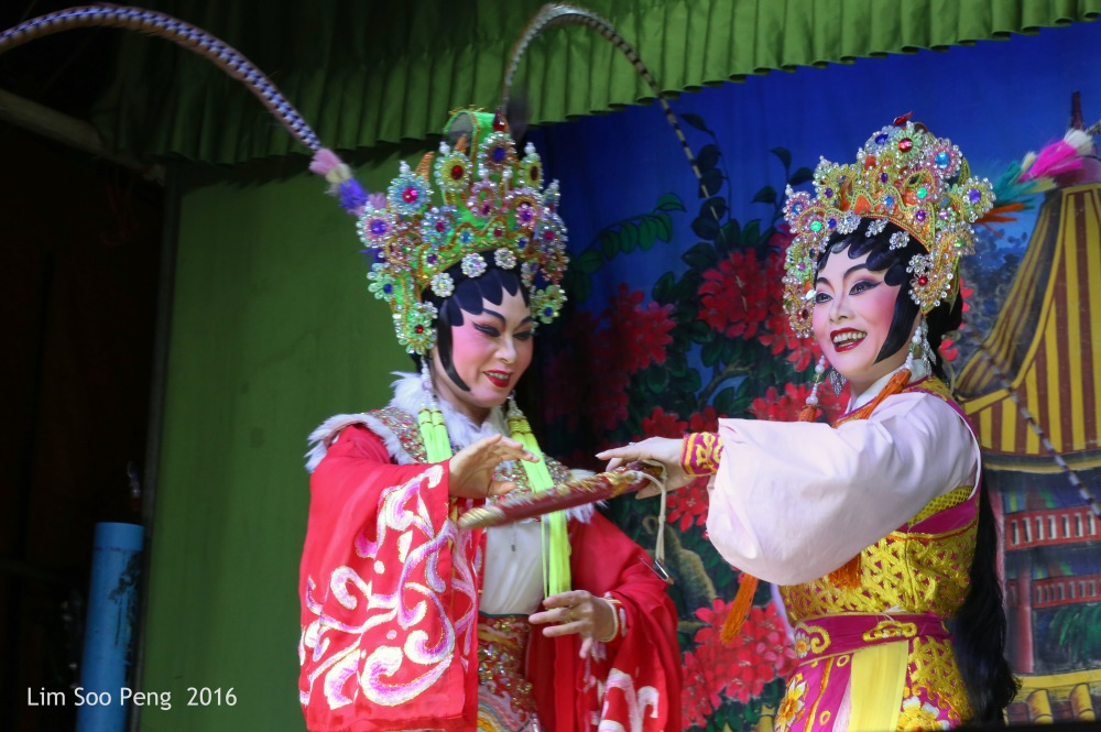 """The Teochew Chinese Opera or Wayang taken at Ayer Itam, Penang. - """" Mother and Daughter """""""