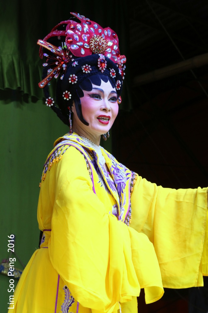 """Teochew Opera - The Murder Plot of the Emperor Part 1. """" A Murder Plot was hatched to poison the Emperor. The Concubine was to put the poison into Wine Jug. """""""