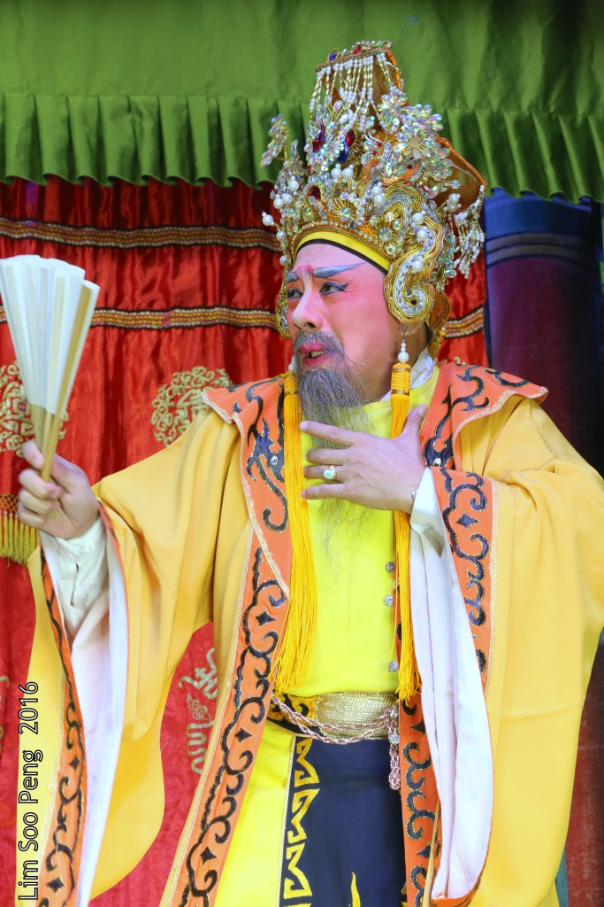 """Teochew Opera - The Murder Plot of the Emperor Part 2. """" A Murder Plot was hatched to poison the Emperor. The Concubine was to put the poison into Wine Jug. The Emperor drank a cup of poisoned wine in his hand. """""""