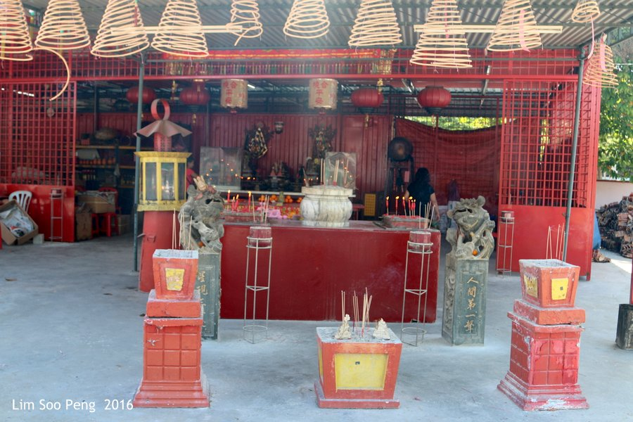 Building a new Taoist Temple in Parit Buntar, Perak.