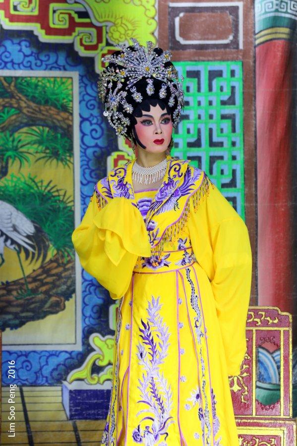 Fresh Season of Chinese Opera or Wayang at Ayer Itam Market to celebrate the Twa Peh Kong's Birthday.