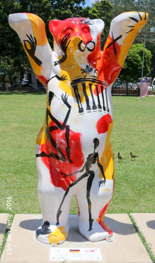 United Buddy Bears Penang ~ We are also joining in the fun.