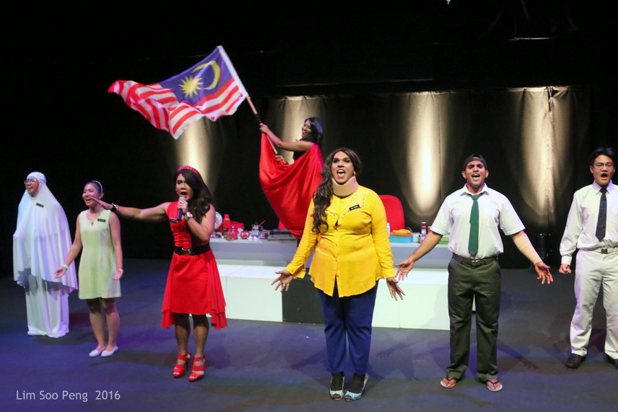 Syiok Sendiri ! Back to School ! ~ Part 8. The Final Curtain Call of the Performers.