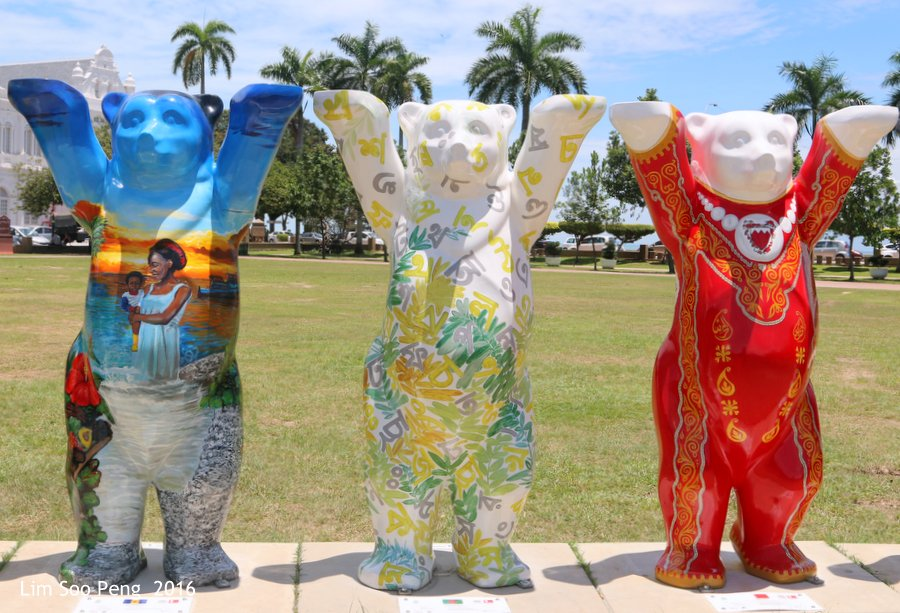 Foursome is better than lonesome ~ United Buddy Bears Penang - 4